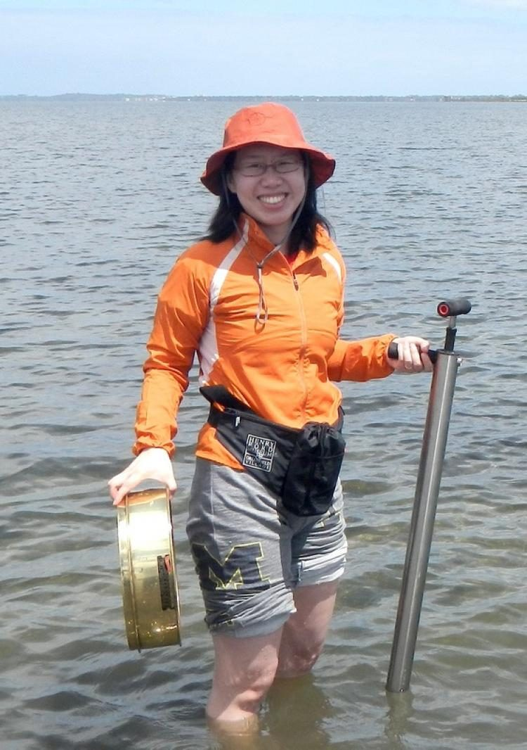Jingchun Li on a bivalve-collecting trip to Australia. Image: Peter Middelfart
