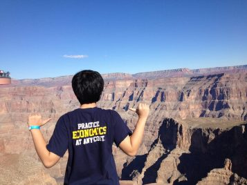 Economics at the Grand Canyon - Arizona