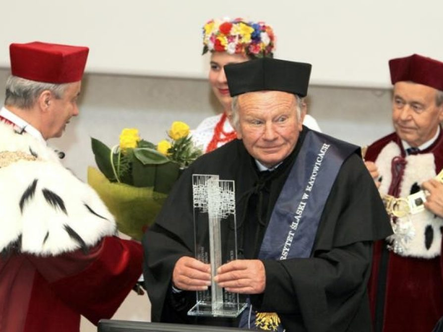 Honorary doctorate for John Swales